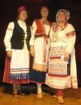 Лютеранский финский костюм - слева