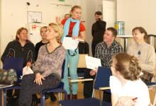 Seminaarin osallistujat -Karjalankansan teatterista