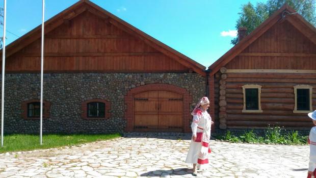 Марина Ильина у Водского музея